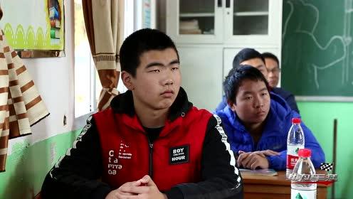 用爱心践行东南担当,与全国模范教师毛文丑一起助力教育
