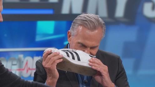 鞋子有臭味怎么办?几枚5角硬币,轻松清楚鞋子臭味!