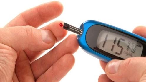 糖尿病人血糖波动大,天天测血糖,控制目标是多少?张医生来解答