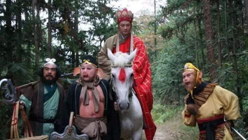 盲人歌手杨光,一人模仿唐僧师徒四人,不看画面简直就是原声