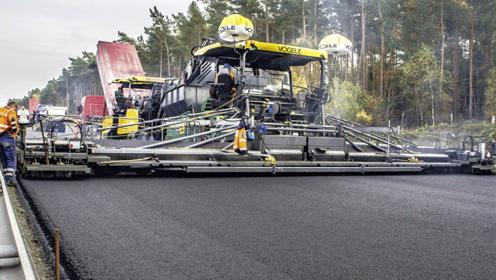 德国工程队修路,看看人家的修路设备,远超许多国家技术!