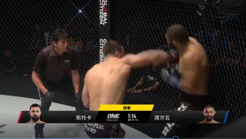 昨晚!大级别高手一拳KO对手!这拳要是打在平常人身上会咋样?