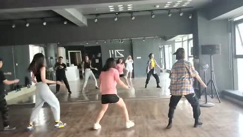新编的舞蹈,好看吗?