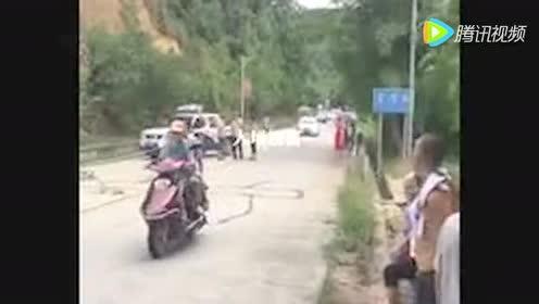 大埔西河发生车祸