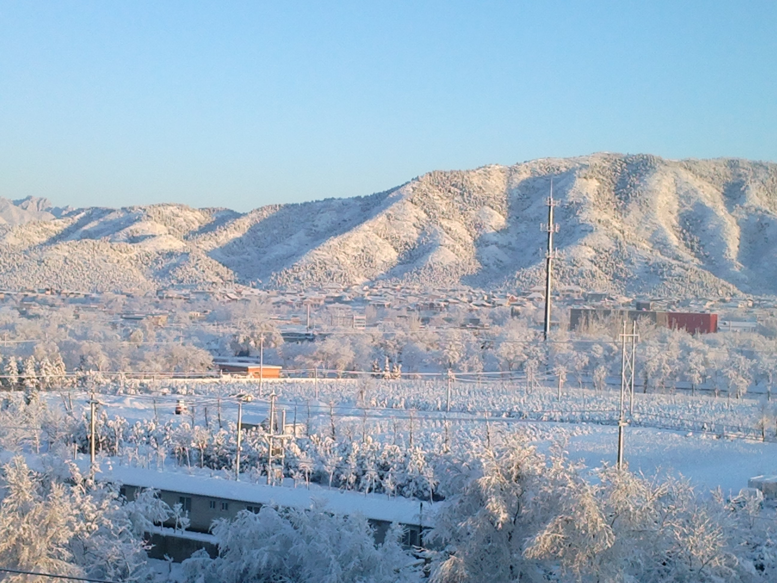 蟒山的雪景..