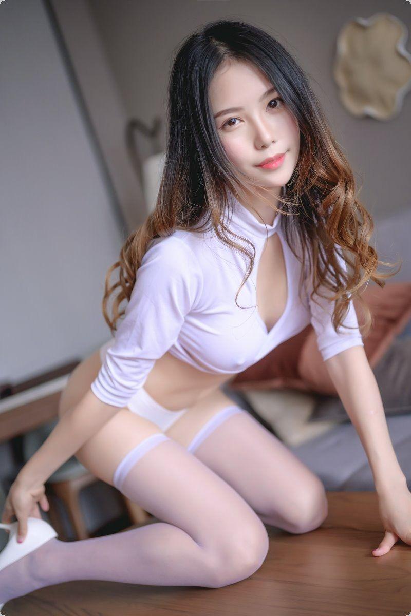 白丝-yyds-大鹏资源网
